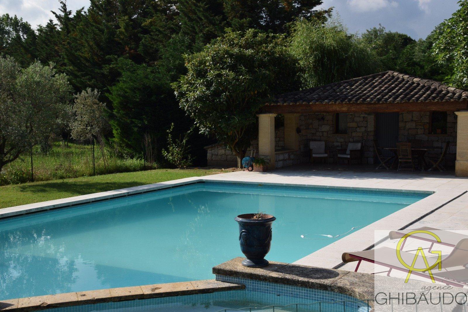 Offres de location Maison Luynes (13080)